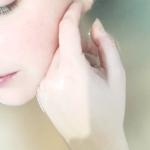 4 conseils pour conserver les touches de couleur sur les cheveux foncés